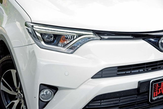 SUV挑戰霸主-配備篇-均衡實用Toyota RAV4 2.0豪華
