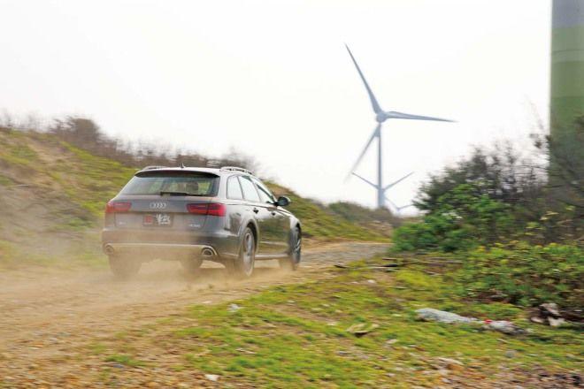 全能選手 Audi A6 Allroad Quattro 50 TDI