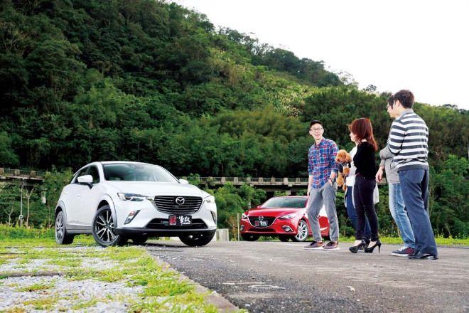 88.9萬的選擇題Mazda CX-3 vs Mazda 3