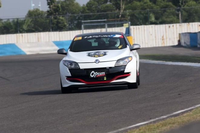 Renault Megane III RS250 Cup    x  2分06秒250(最高速:171.431km/h)