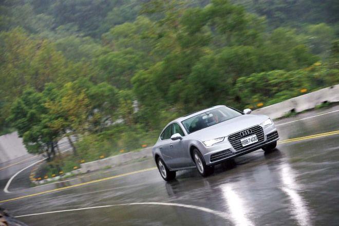 美背快車Audi A7 Sportback 40 TFSI