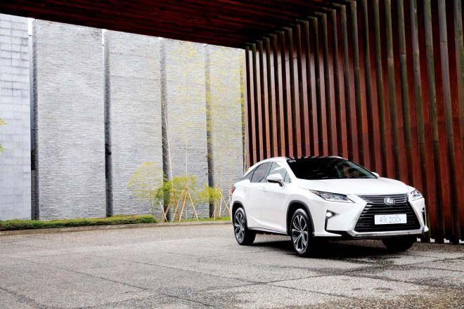 豪華休旅重砲 Lexus RX 200t