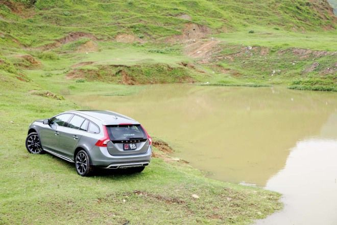 城市越野郎 Volvo V60 Cross Country D4