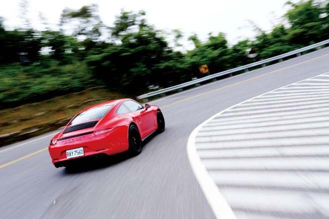 實用運動主義Porsche 911 Carrera GTS