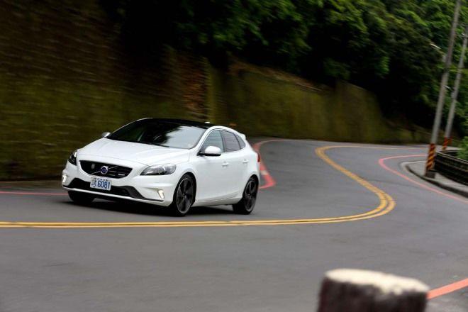 Option觀點 D4柴夠力Volvo V40 D4 R-Design