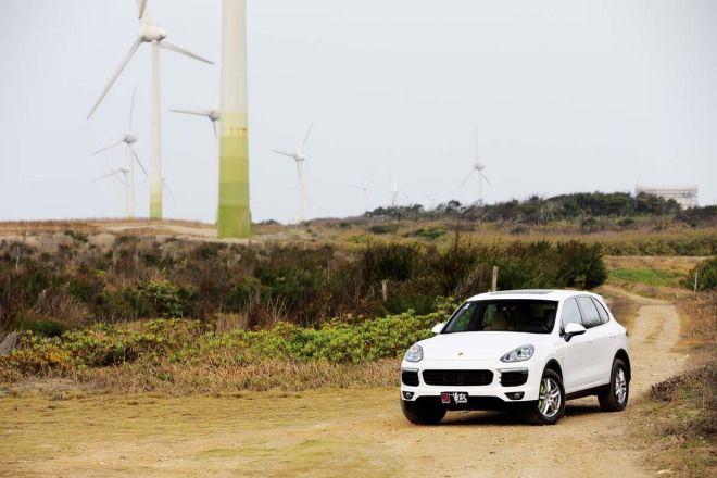 電力優先Porsche Cayenne S E-Hybrid