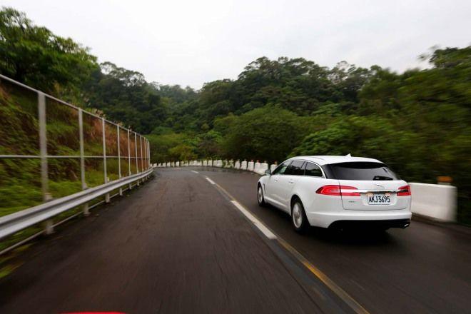 旅行成員出動 Jaguar XF Sportbrake
