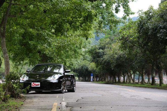 玩車樂趣-200-300km/h爆走機關車, Porsche 996T Tail 3076 x2