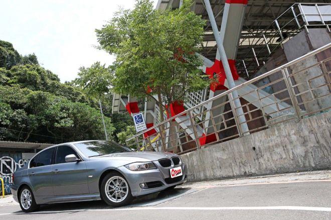 好像真的不錯喔?BMW 320i(E90)
