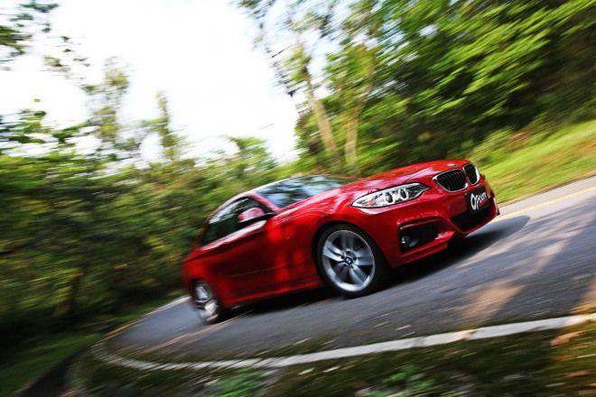 BMW 220i Manual 缸內直噴渦輪增壓輔助