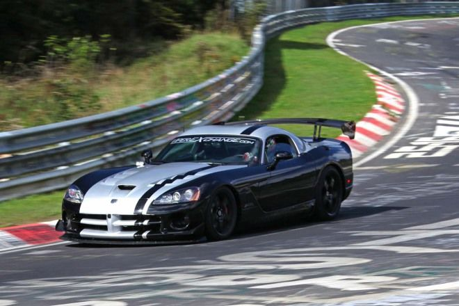 Dodge Viper SRT-10 ACR 7分12.13秒