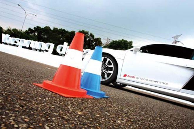 精彩關卡 精彩演出 2010 Audi Quattro 體驗