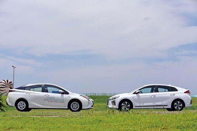 Hybrid的捉對廝殺-釘孤枝Hyundai Ioniq Hybrid vs. Toyota Prius Hybrid