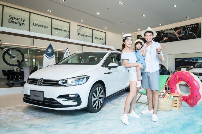 2018年式VW Touran 330 TDI R-Line   運動化七人座 139.8萬元上市