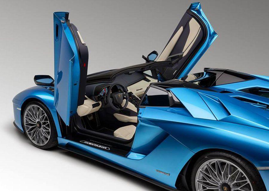 S版大牛Lamborghini Aventador S法蘭克福舉辦開蓬上空秀