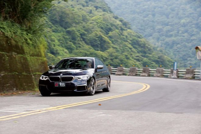 挑起戰端BMW M550i xDrive