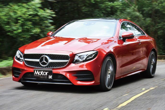 Mercedes-Benz E 400 4MATIC Coupe AMG Line