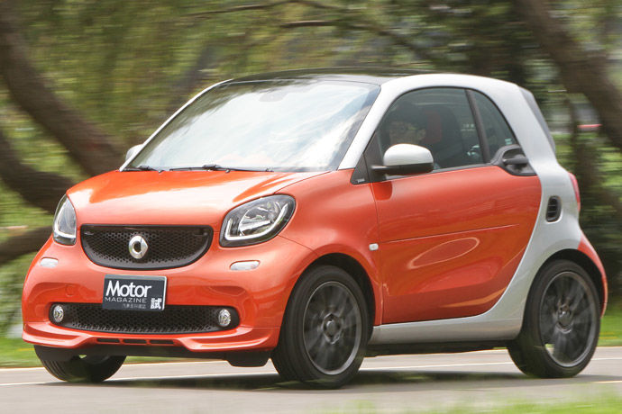 smart fortwo 52kW Brabus Package