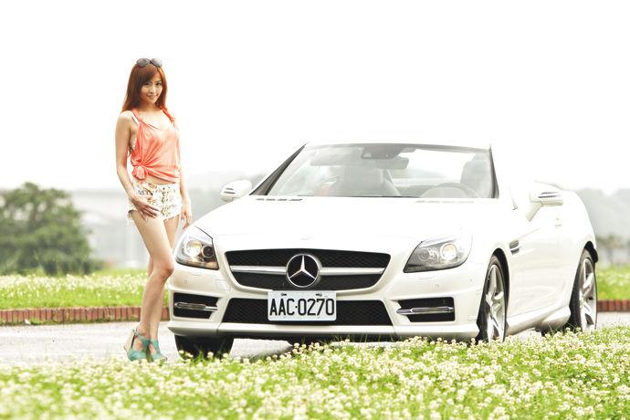 LUCY愛車-Mercedes-Benz SLK200
