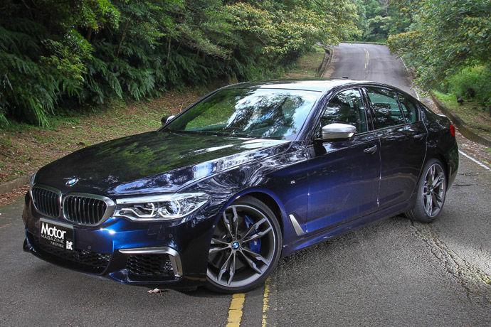 BMW M550i xDrive 科技滿點 樂趣十足