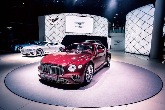 Bentley Continental GT這麼古典竟能3.7秒加速破百