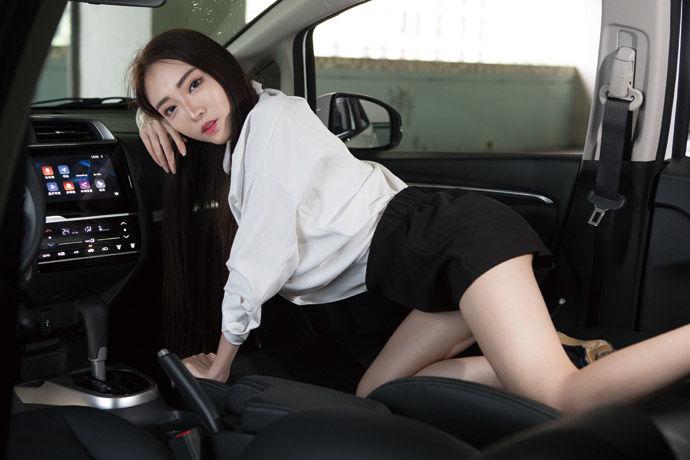 Motor Babe - Honda New Fit S    都會精靈 安全升級
