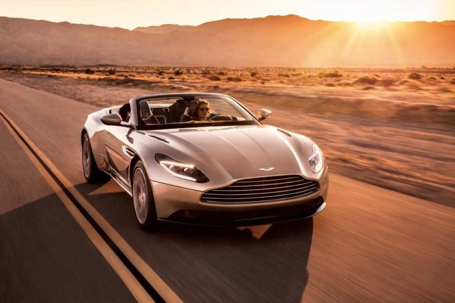 優雅又帶著跑格的敞篷車Aston Martin DB11 Volante