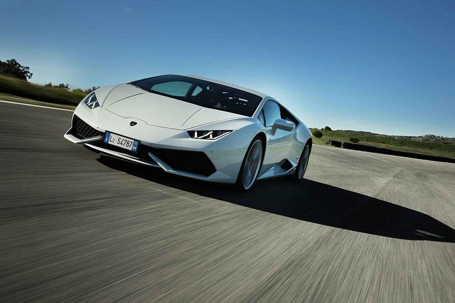 水啦!Lamborghini Huracan可能搭載後輪轉向系統
