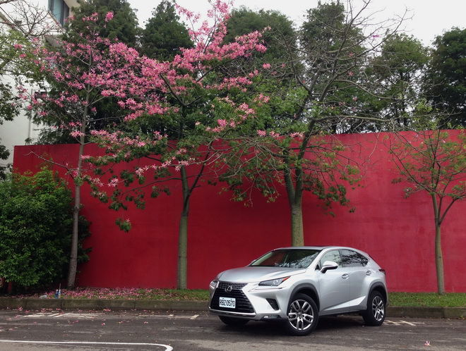搶眼外型 精緻內在 釋放迷人魅力 Lexus小改款NX 200豪華版試駕