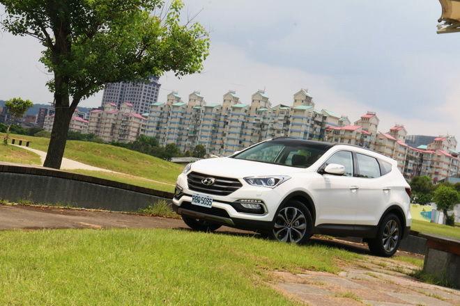 韓式精緻大型休旅 Hyundai 小改款Santa Fe試駕