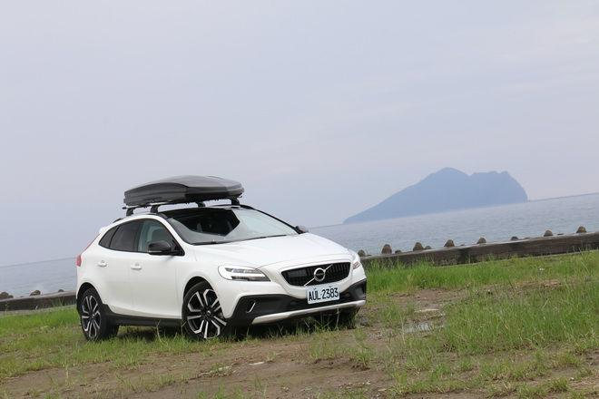 換心+四驅 瑞典國寶Vovlo V40 Cross Country T4 AWD安全旗艦版試駕