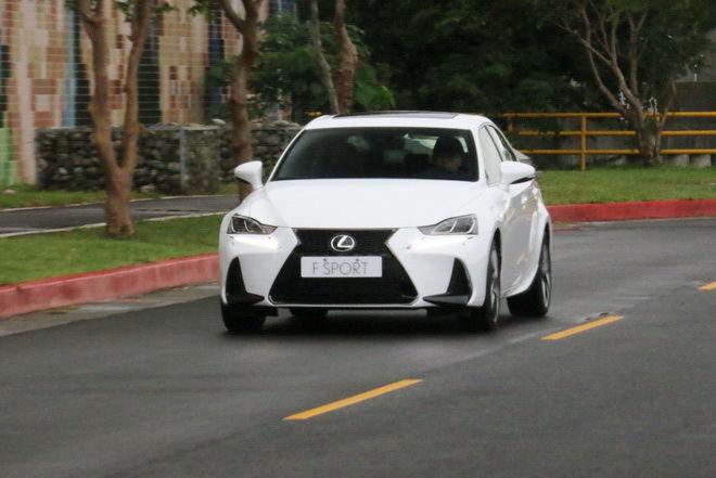 戰力更均衡 Lexus小改款IS200t F SPORT NAVI試駕: Page 2 of 2