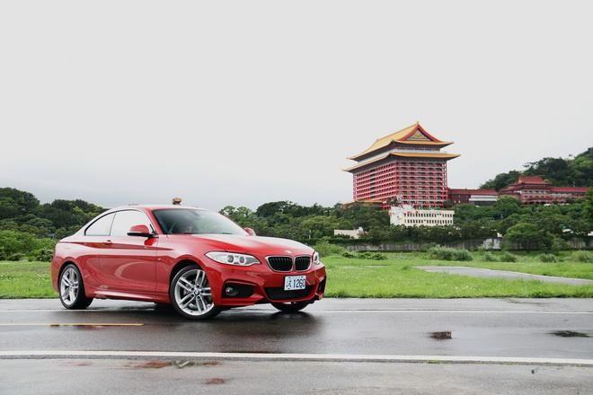 找回原始的駕駛樂趣 BMW 220i M Sport手排版試駕