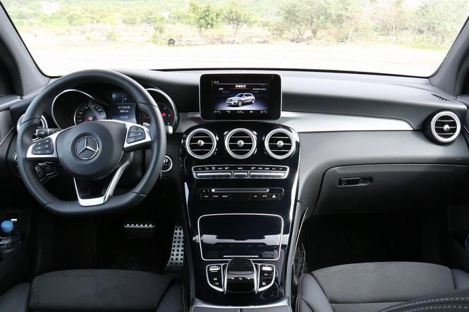 M-Benz新世代中小型跑旅車 GLC 220d 4Matic試駕-外觀內裝篇: Page 2 of 2