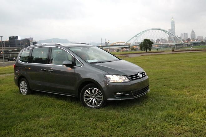 德系中型MPV VW Sharan 330 TDI BMT Highline試駕