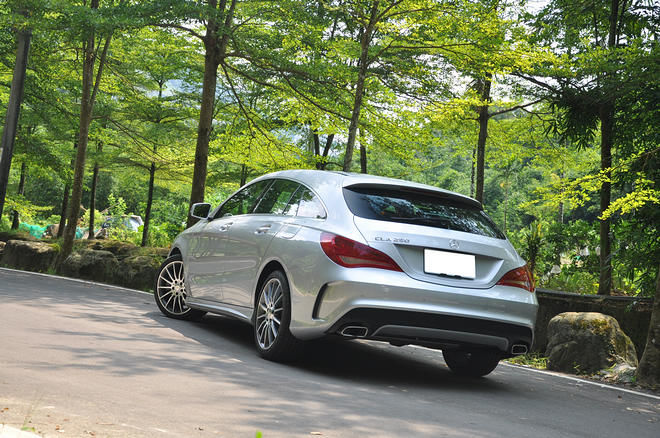 目光獵奪者,Mercedes-Benz CLA 250 Shooting Brake 試駕報導: Page 2 of 4