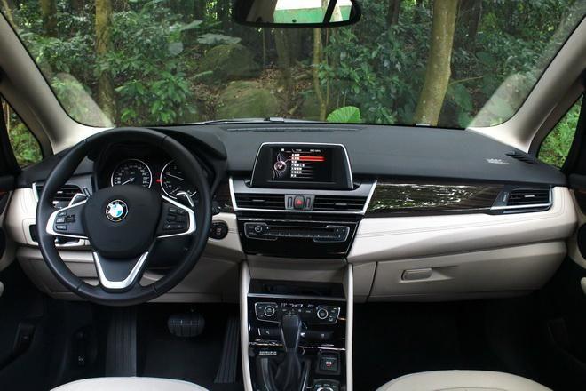 首款七人座MPV初體驗 BMW 218d Gran Tourer試駕-外觀內裝: Page 2 of 2