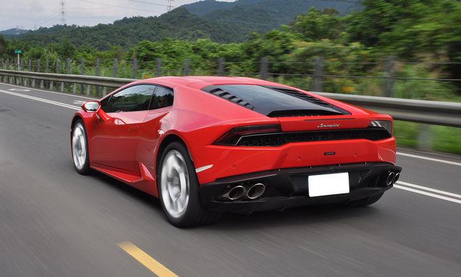 允文允武  Lamborghini Huracán LP610-4 深度試駕---動力操控篇(影片): Page 2 of 4