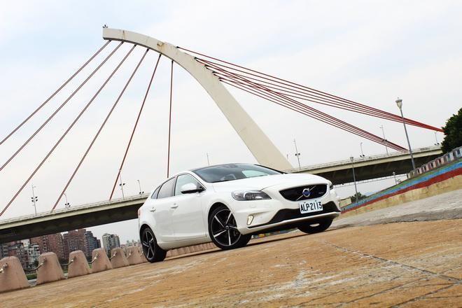 Drive-E柴油引擎導入 Volvo V40 D4 R-Design試駕