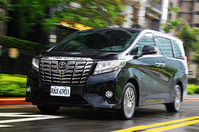 頂級大和休旅象徵、新世代Toyota Alphard Executive Lounge試駕(後篇)