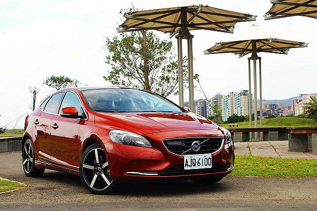 Drive-E動力挹注更顯動感,新年式Volvo V40 T5旗艦版試駕