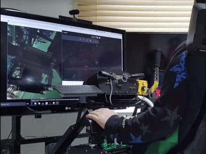 VR+方向盤組+體感模擬器=車迷的天堂