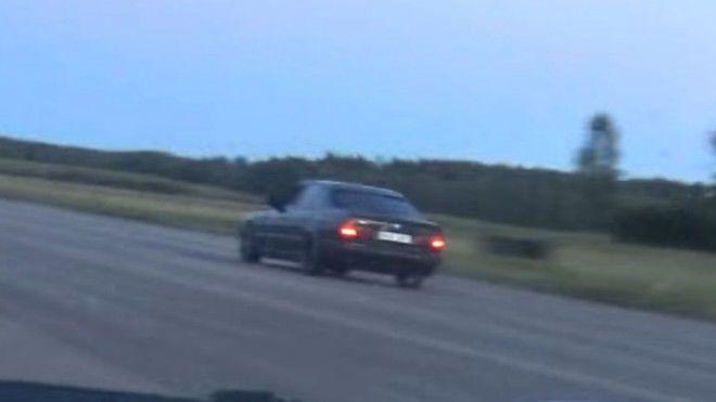 BMW E34能做掉Bugatti Veyron...?