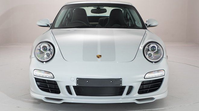 稀有至極!里程數僅有129公里的2010 Porsche 911 Sport Classic