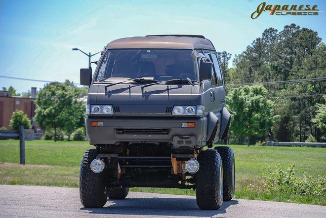 大人的怪獸卡車!1991 Mitsubishi Delica越野式樣