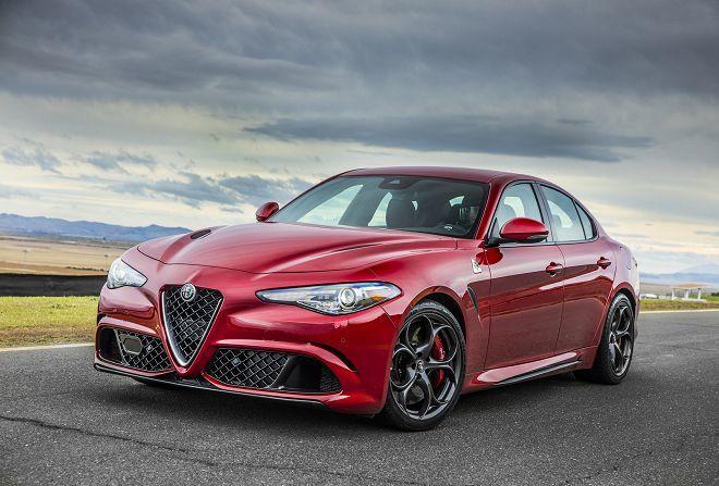 Alfa Romeo的總監表示Giulia正受到許多軟體問題所苦