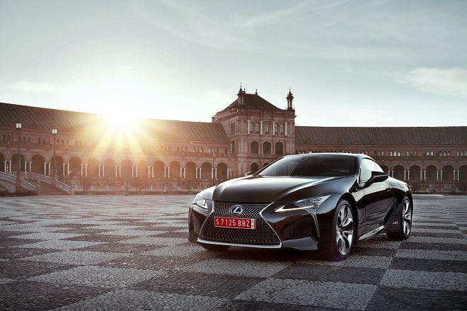 Lexus LC-F的戰力將能與Nissan GT-R匹敵