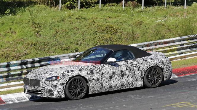 BMW全新Z4內裝曝光 驚見機械迷最愛手排變速箱