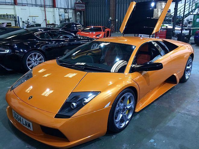 若你將一輛Lamborghini Murcielago拿來做為日常代步及租車使用,那總花費會是多少呢?