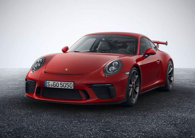 選擇「六速手排」新款Porsche 911 GT3的人將不需負擔額外的費用